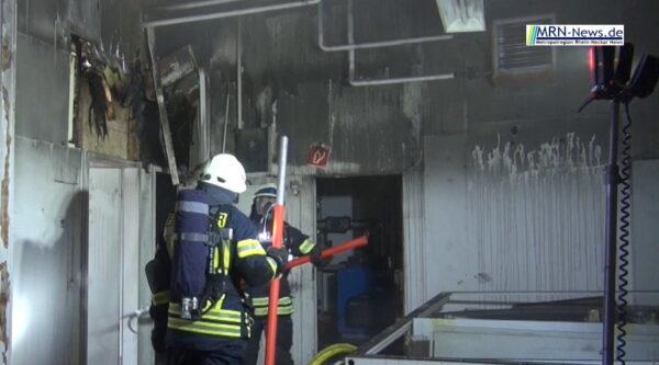 Rhein-Pfalz-Kreis – VIDEO – Brand im Gewerbegebiet Mutterstadt Fohlenweide