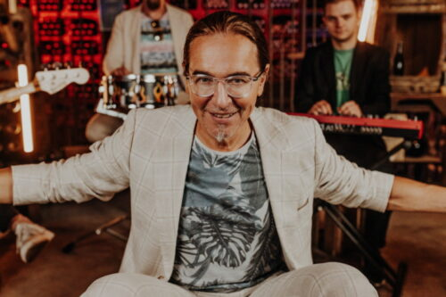 Frankenthal – 30 Jahre Congressforum Frankenthal – Feiern Sie mit:  Pfälzer Comedian und Calypso-Sänger Chako Habekost am 01.10.2021 zu Gast