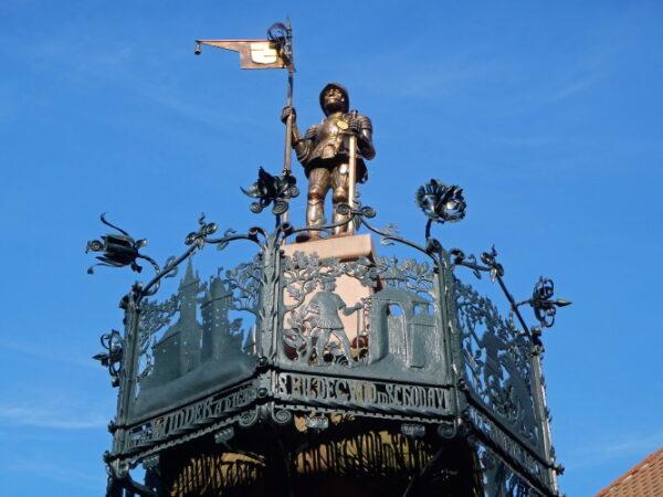 Weinheim – Mit Fackeln durch den ältesten Stadtteil – Stadtführung rund um Rodensteiner und Domhof am Samstag, 25. September