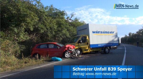 Speyer – VIDEO NACHTRAG – B39 – 4 Schwerverletzte – Notärzte, Rettungsdienste, Rettungshubschrauber, Feuerwehr und Polizei im Einsatz
