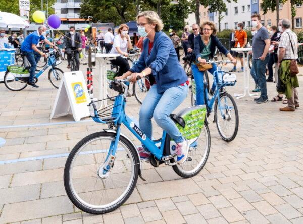 Speyer – STADTRADELN-Prämierung mit Fundrad-Versteigerung und Fahrrad-Codierung