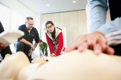 Mannheim – Reanimation rettet Leben Trau dich! – Erste-Hilfe-Maßnahmen einfach erklärt