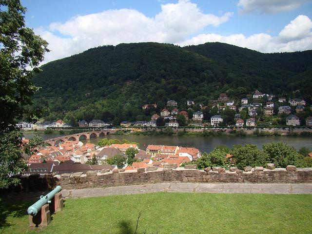 "Heidelberg – Internationaler ""Intersex Awareness Day"": Stadt Heidelberg zeigt Flagge am heutigen 26. Oktober"
